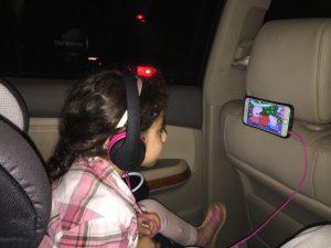Car phone mount by Kick it